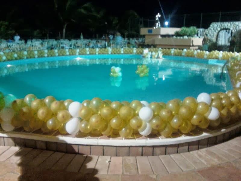 Decora o para o r veillon piscina bianca bachaalani for Decoration reveillon