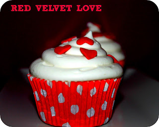 CUPCAKES RED VELVET LOVE