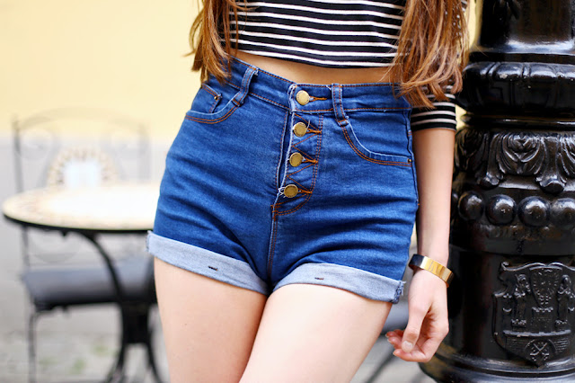 denim high waisted shorts romwe outfit