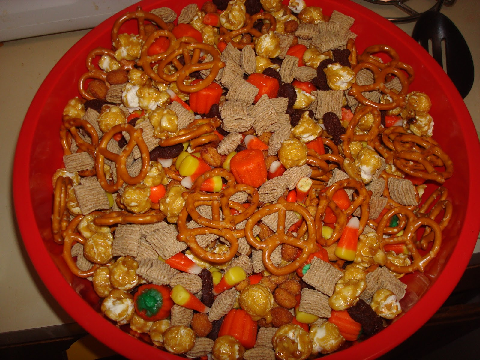 Halloween Trail Mix Recipe