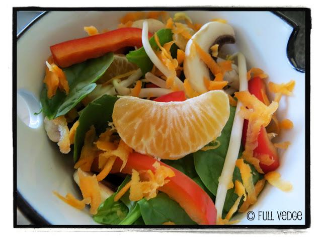 salade d 39 pinards asiatique full vedge recettes v g tariennes et gourmandes. Black Bedroom Furniture Sets. Home Design Ideas