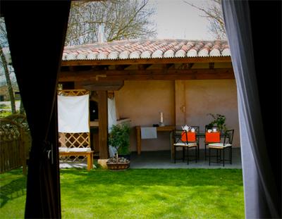 Casa rural con encanto en pedraza segovia casa con encanto en pedraza - Casas de madera con encanto ...