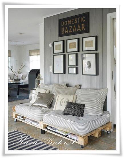 Olohuoneen Sohva : Sohvia ja sänkyjäkin niistä on näköjään tehty :)