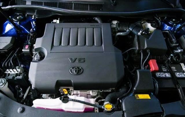 2017 Toyota Camry XSE V6 Sedan Review Engine