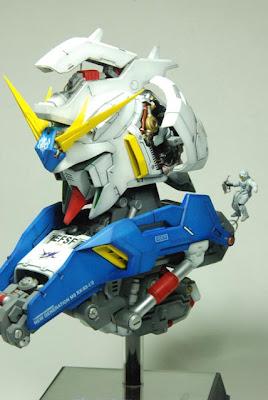 Hi-Nu Gundam Bust images