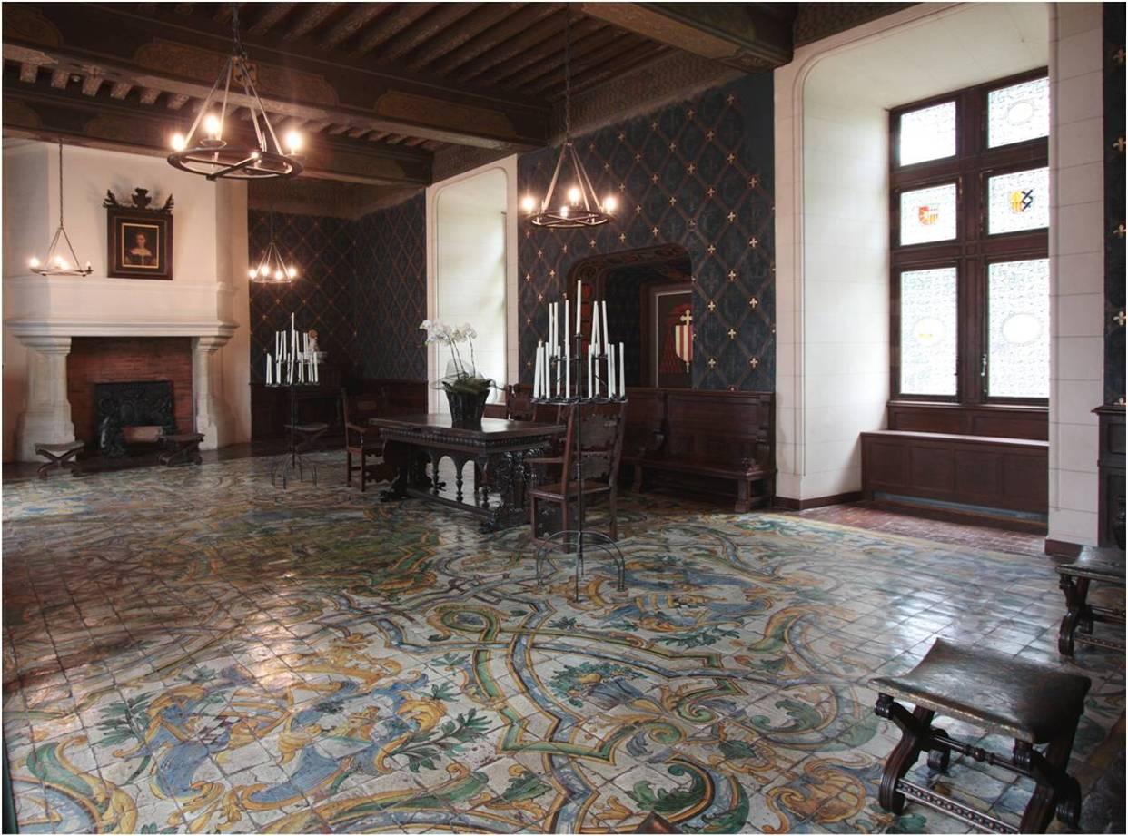Le monde de carmine chateau de chaumont sur loire for Le salon chatou