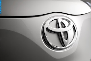 Toyota avanza car 2008 logo - صور شعار سيارة تويوتا افانزا 2008