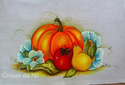 pintura tecido moranga com pera tomate e flores