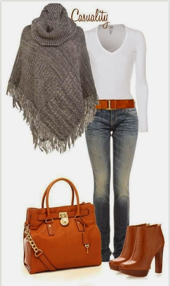 Knitted Poncho With T-shirt And Long Jeans