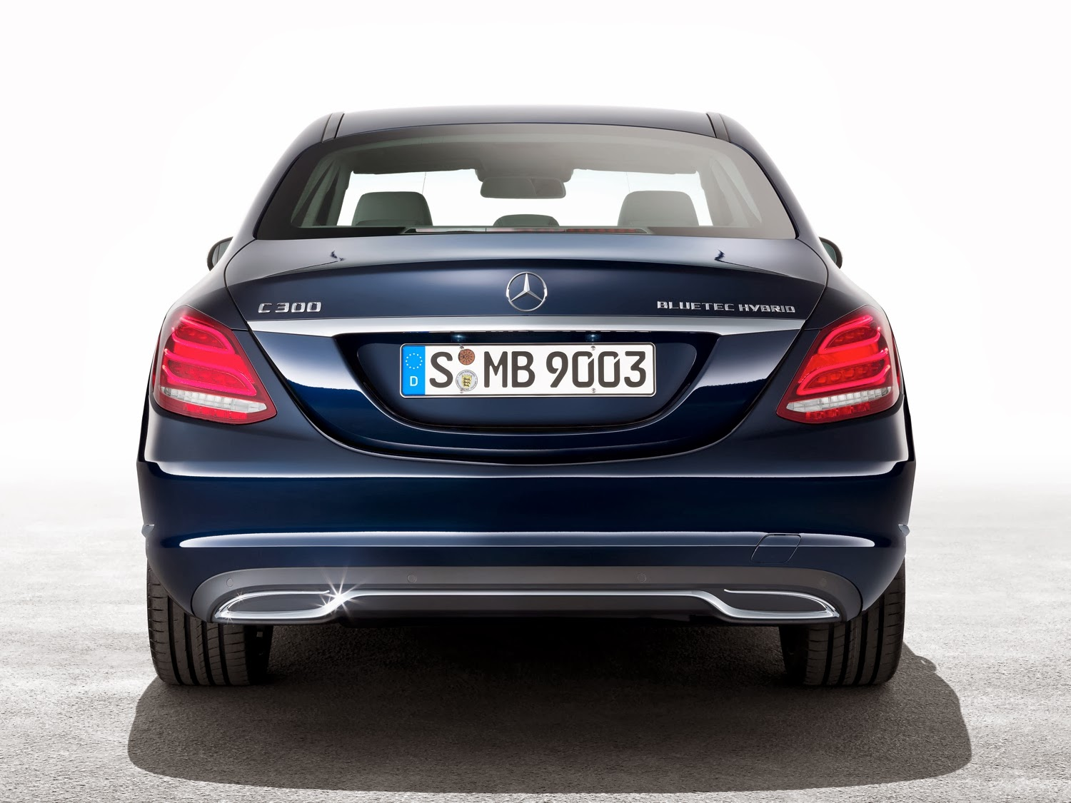 new mercedes c class vs e class and s class cars life. Black Bedroom Furniture Sets. Home Design Ideas