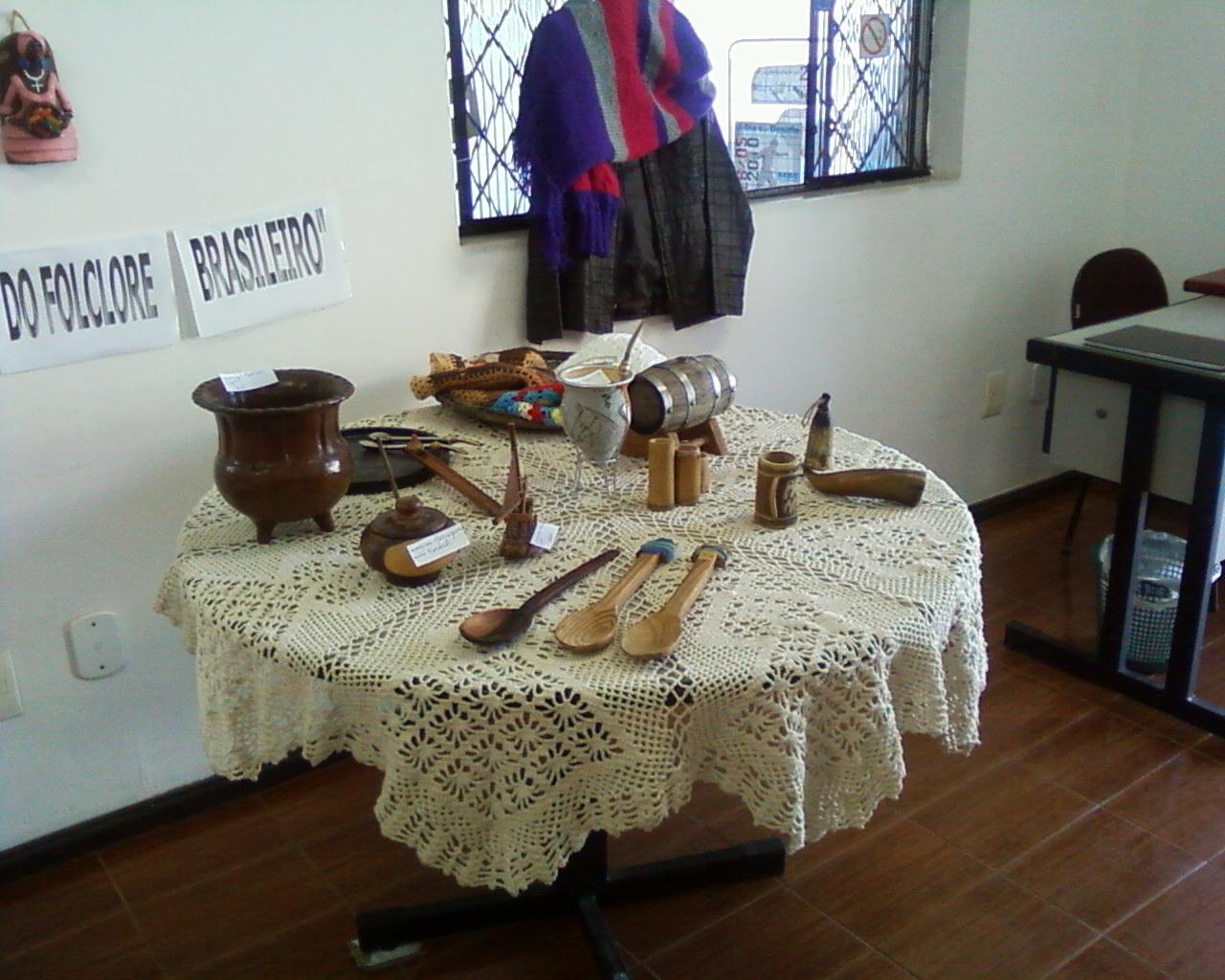 Armario Branco De Cozinha ~ Cultura Quatis EXPOSI u00c7ÃO ARTESANATO FOLCLÓRICO