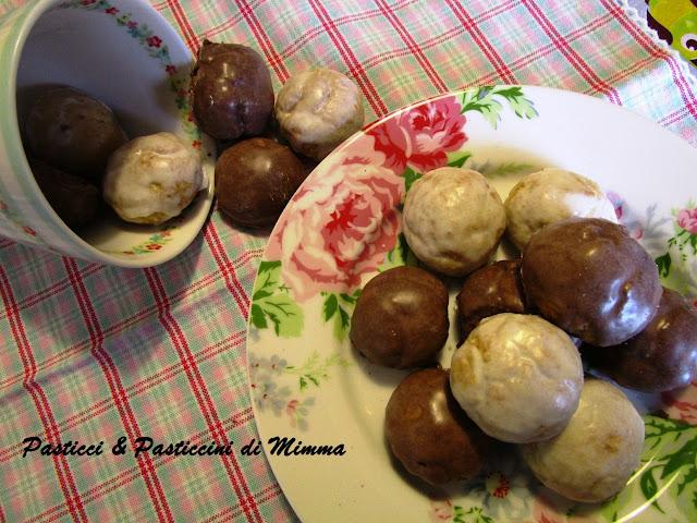tetù e teio..... biscotti tipici palermitani per la festività di ognissanti e...per tutto l'inverno !!