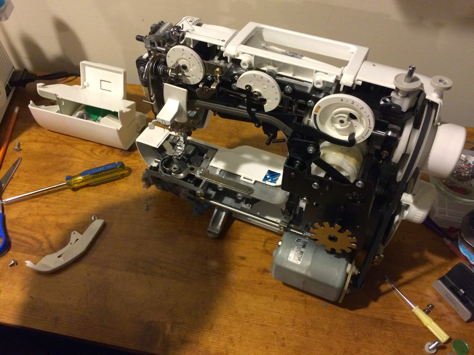 I was having some issues with my sewing machine so my husband took a video... check it out to see what your sewing machine looks like on the inside.