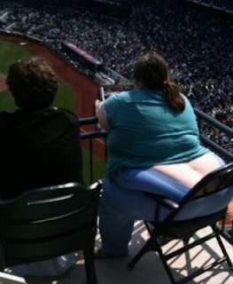 funny picture fat american woman in the public