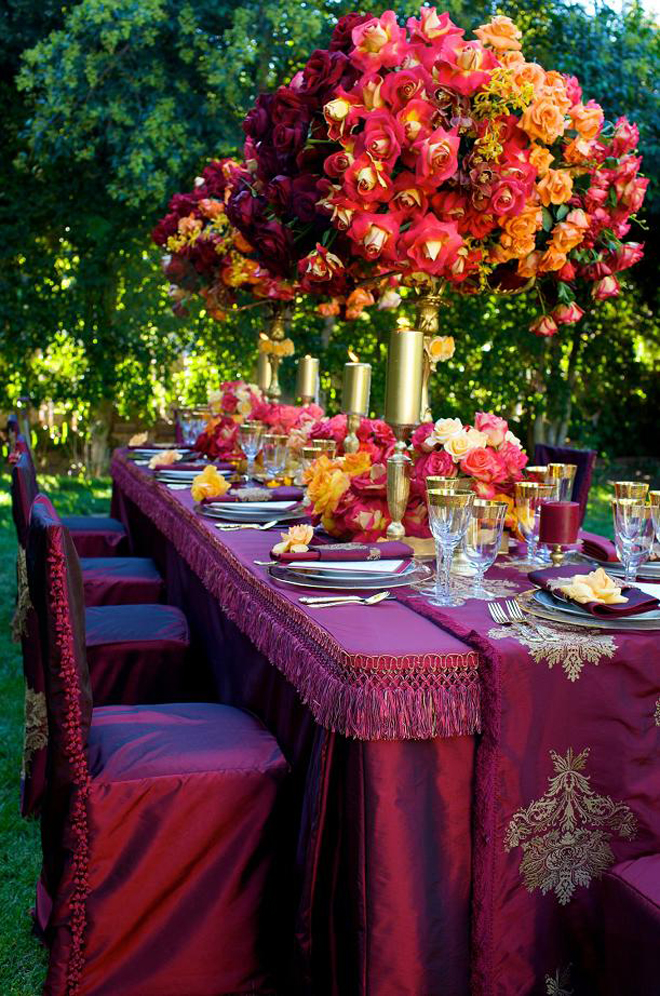 Long wedding table ideas belle the magazine for Bridal table arrangements