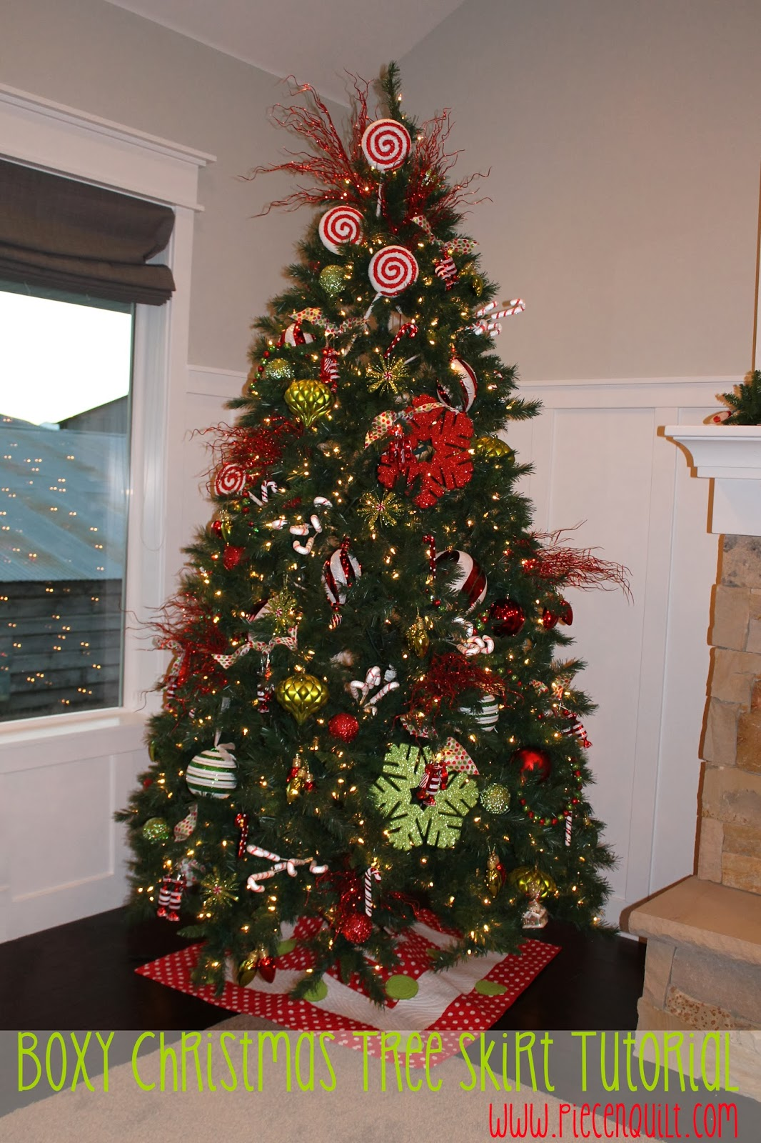 Piece n quilt boxy christmas tree skirt tutorial