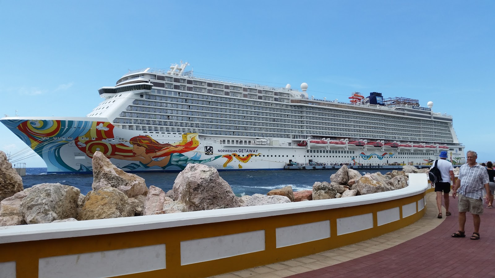 Travel writer review norwegian getaway for Ncl getaway