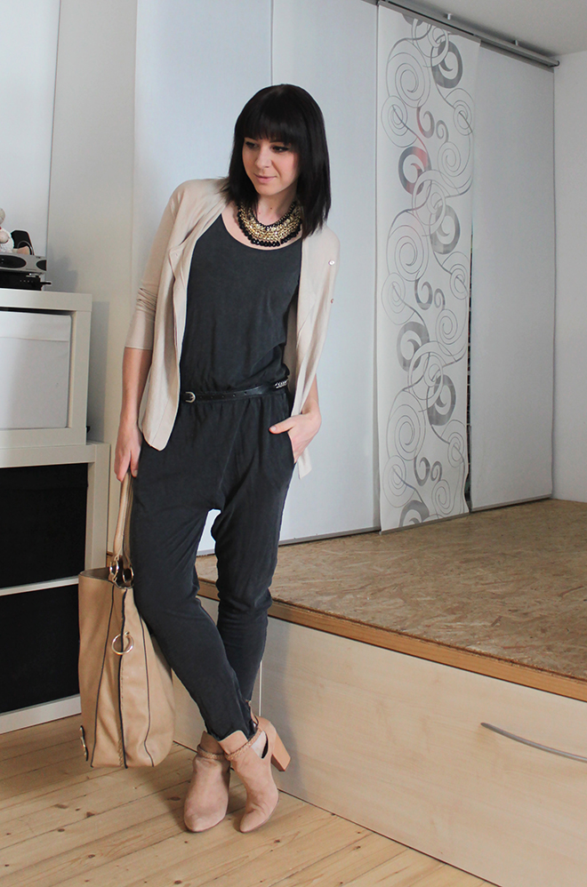 outfit jumpsuit in grau von zara. Black Bedroom Furniture Sets. Home Design Ideas