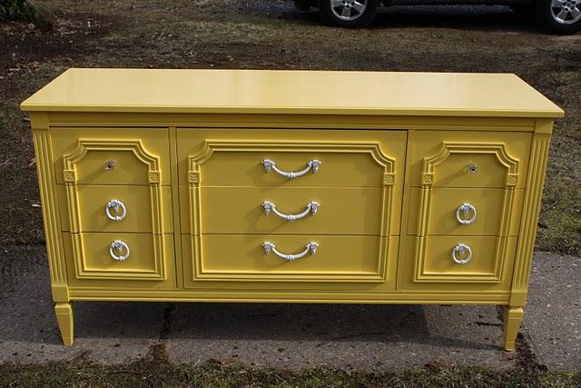 Decoro sin decoro aparador amarillo - Reparar muebles antiguos ...