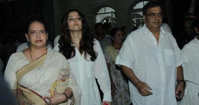aishwarya at prayer meet for ashok mehta