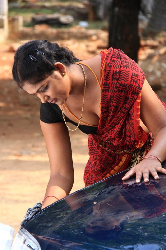 Mallu-Maid-Aunty Mallu Maid Aunty http://gsvpics.blogspot.com/2012/08 ...