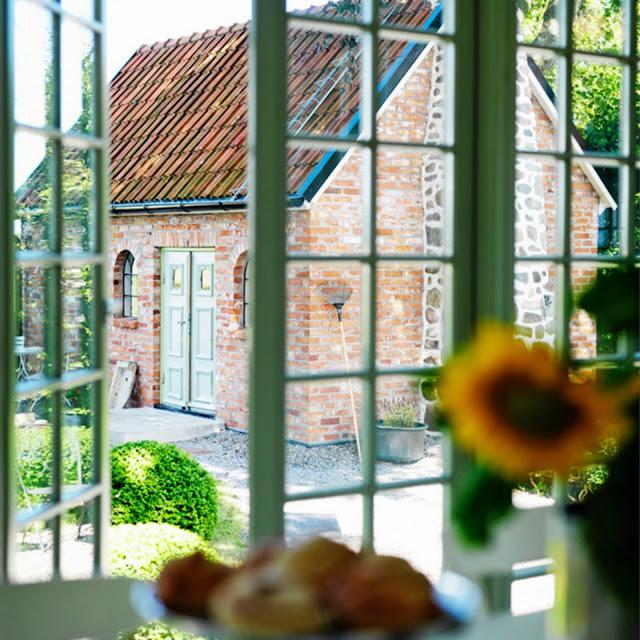 Una casa de campo r stica y minimalista es posible for Casa minimalista rustica