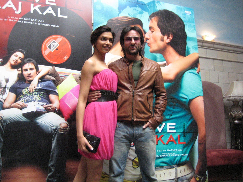 Deepika Padukone Saif Ali Khan Any Chance Of Chemistry Here Or Its A Diana Panty Win