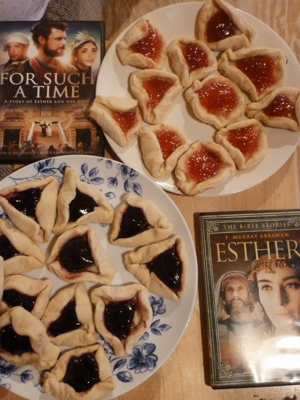 giveaway lady celebrating purim and esther fcblogger