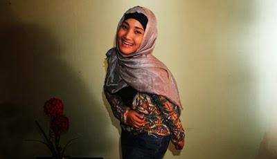 foto+fatin+shidqia+lubis+muslimah+dengan+gaya+imut+(1)
