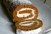 Pumpkin Roll by Beach Bake-a-Holic