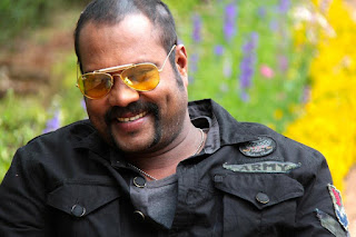 Kalabhavan Mani beats up forest officials