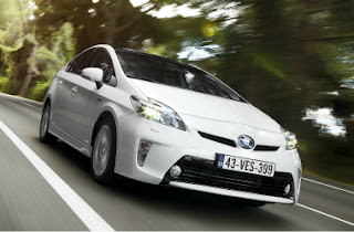 2012 Updated Toyota Prius outside View