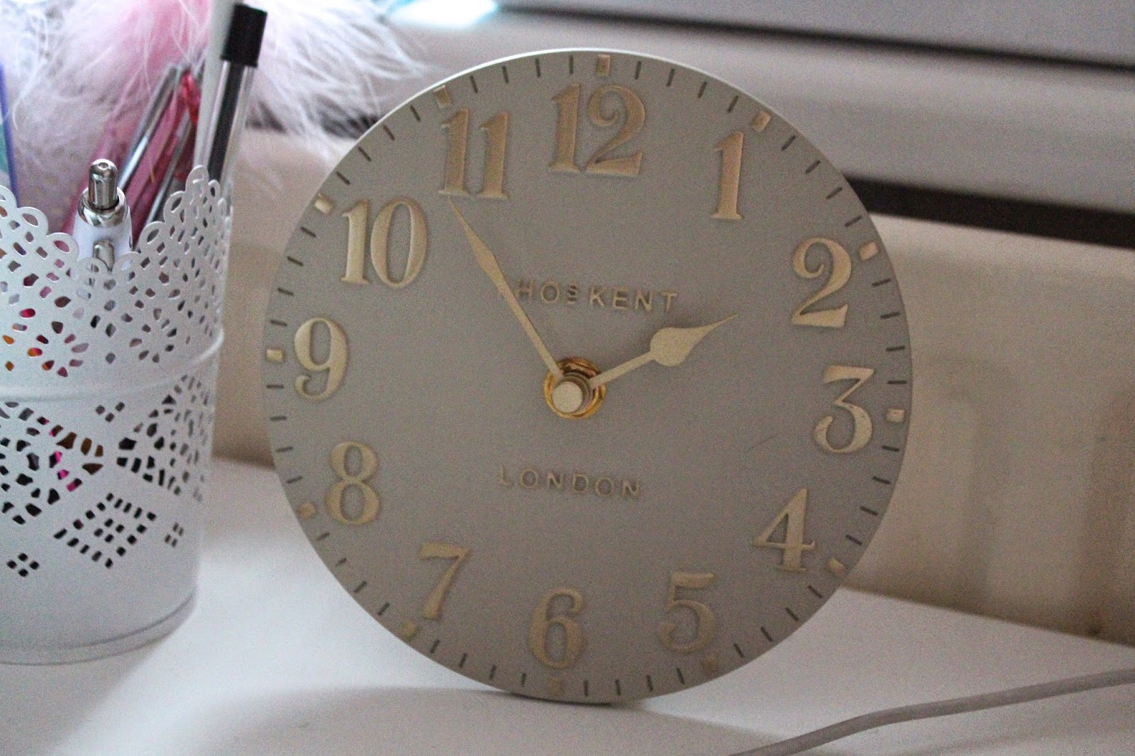 where to find a desk clock