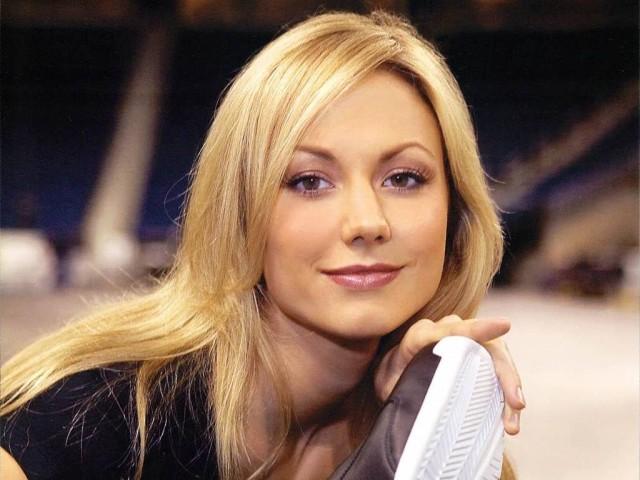 10 Atlet Wanita Tercantik Dan Ter I Di Dunia