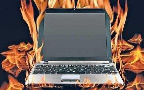 laptop terbakar