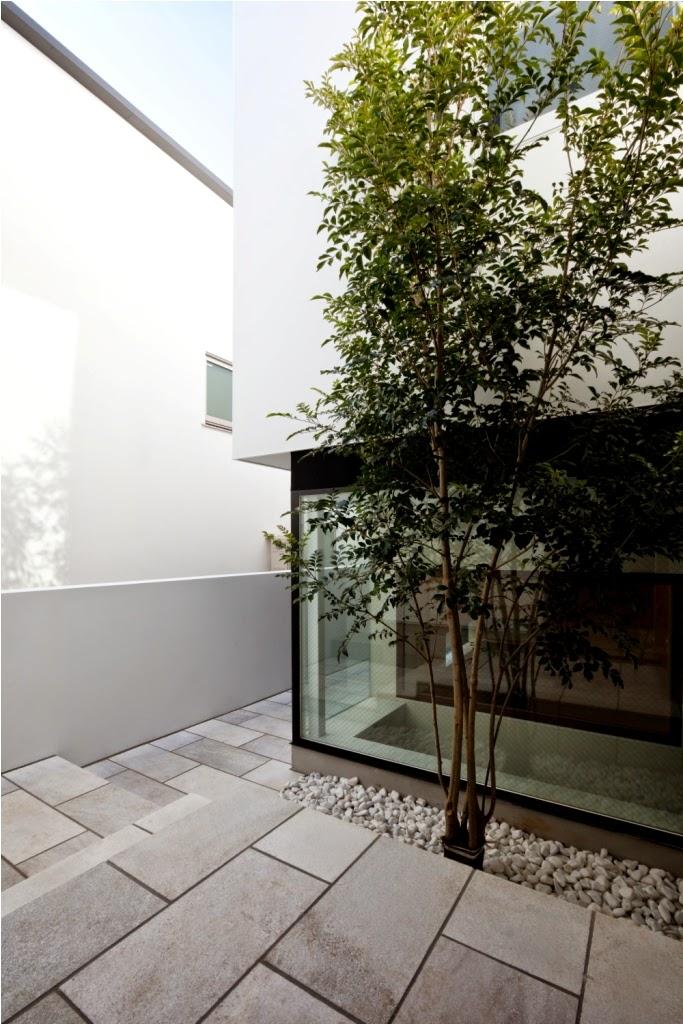 Rumah Minimalis 3 Lantai 3