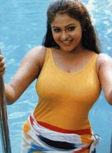 Bangla girl exposing on yahoo