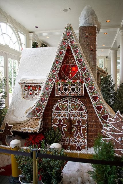 Gingerbread art House At Disney's American Adventure