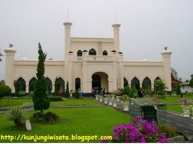 Istana Siak Riau