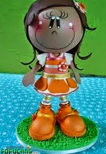http://www.patronesfofuchas.org/2014/10/patrones-fofuchas-nina-naranja.html