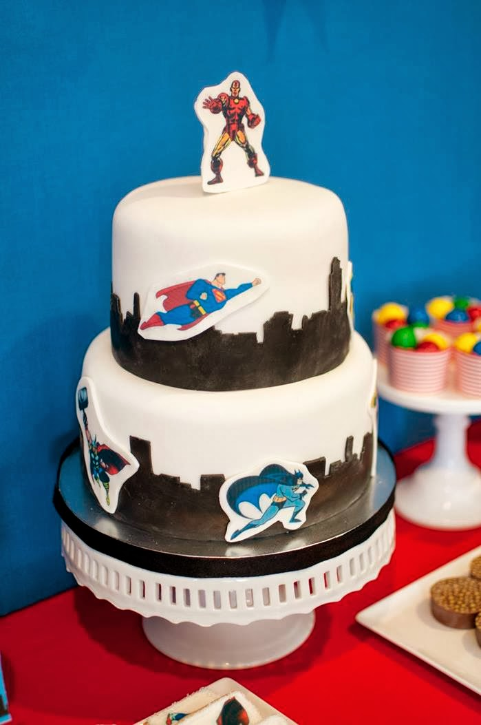 http://www.karaspartyideas.com/2013/10/superhero-themed-birthday-party-3.html