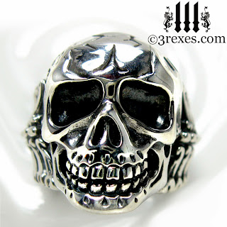 mens Skull Ring Gothic Silver Biker Band