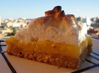 http://comidadelperuymas.blogspot.com/2013/03/pie-de-limon-al-estilo-de-sabor-sazon.html