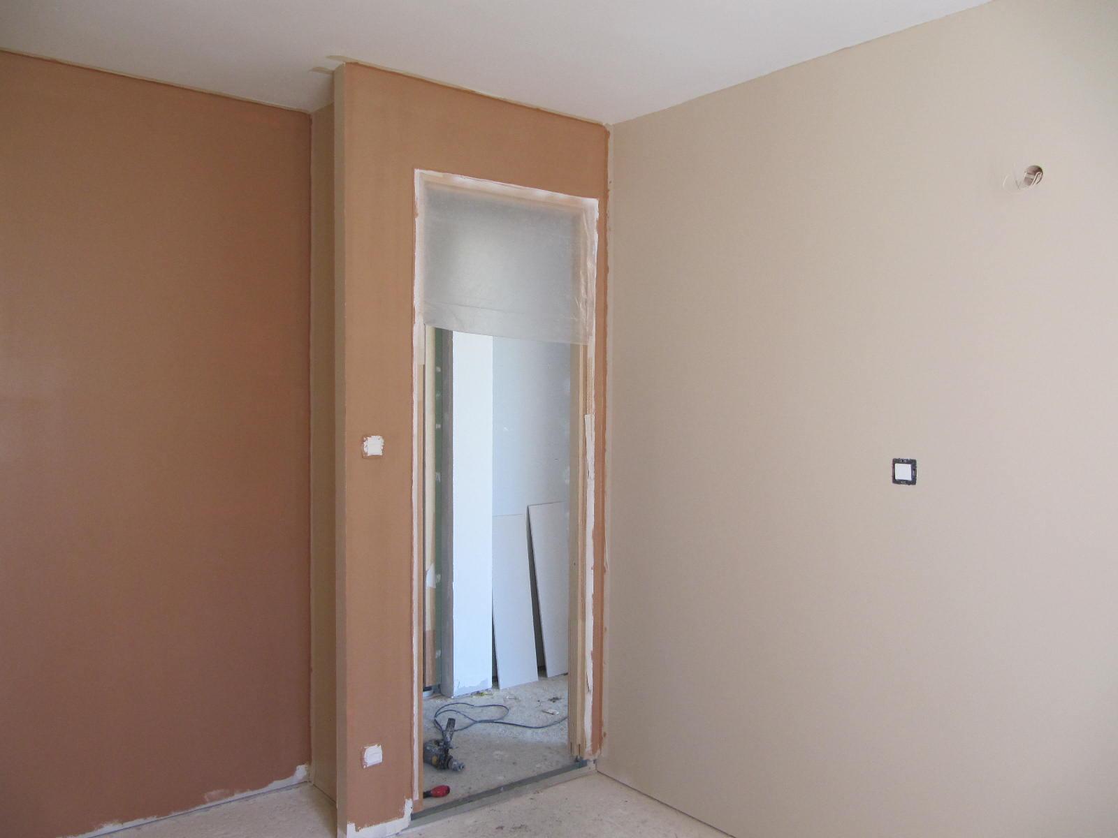 Couleur brun taupe n 6 id e inspirante pour la conception de la maison for Peinture brun taupe