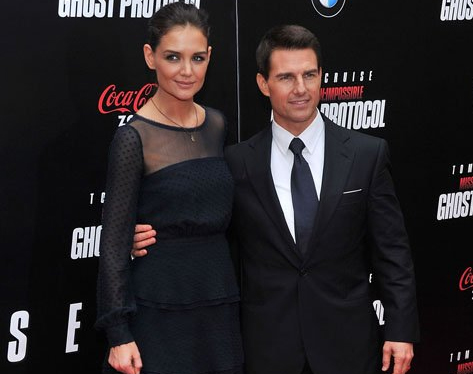 Katie Holmes on Tom Cruise And Katie Holmes Getting Divorced   Photo Posted In The