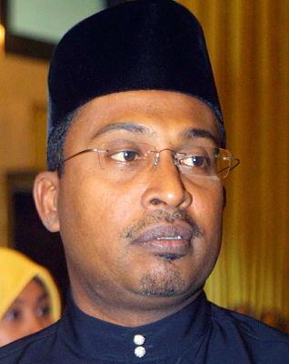 http://1.bp.blogspot.com/-YA5jEm-0NNI/Ta8cBOhroXI/AAAAAAAAB04/yYek61s1gp8/s1600/Datuk_Dr_Zambry_Abdul_Kadir%255B2%255D.jpg