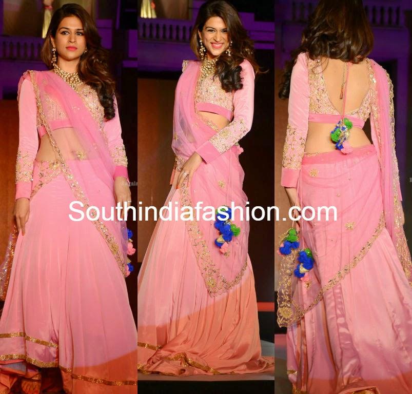 shraddha das at legacy of prestige fashion show