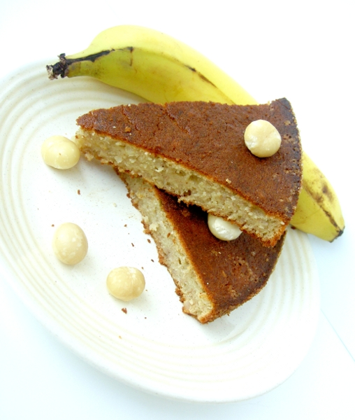 torta di banane e noci macadamia