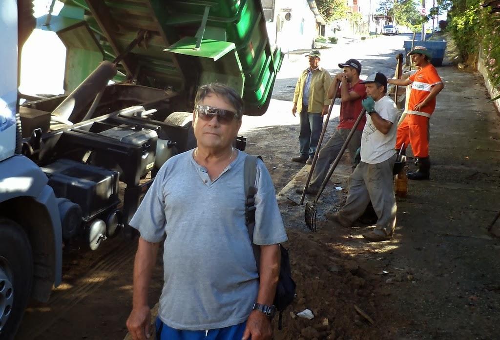 Um dos responsáveis pelo tradicional Hotel Várzea, Antonio Marques Ferreira falou sobre a importância da manutenção da Rua Padre Tintório, uma vez que muitos caminhões passam por ali