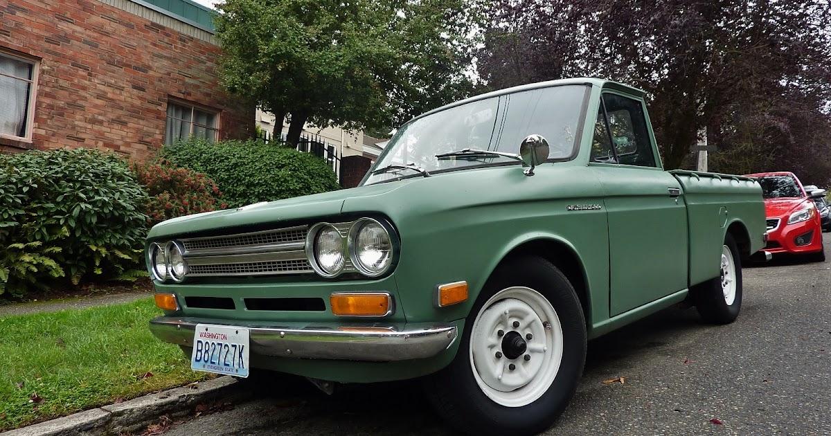Seattle U0026 39 S Parked Cars  1970 Datsun 521